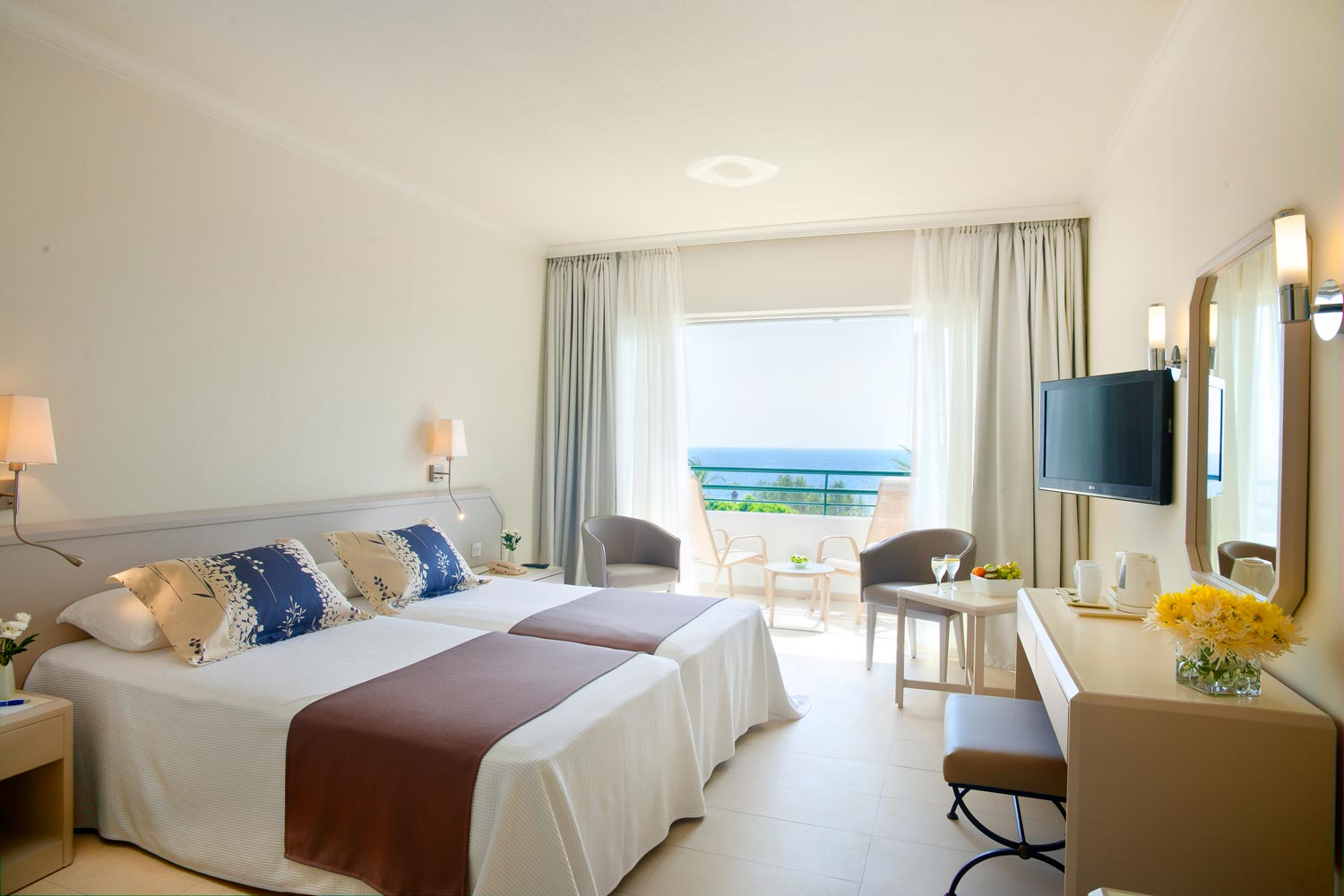 Rooms: Louis Imperial Beach****plus Paphos